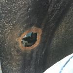 Ein Loch ist im Eimer ähm Radkasten…..