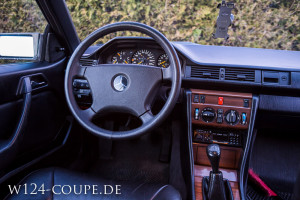 Mercedes-Benz W124 C124 Coupe 300 CE 032